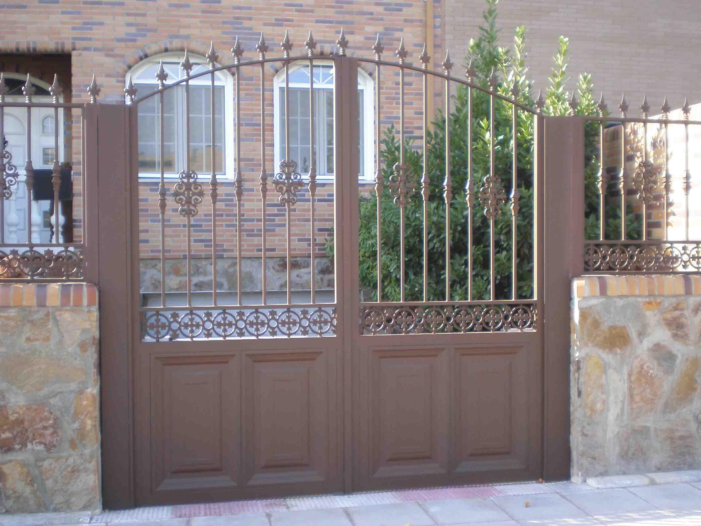 Puertas correderas para parcelas good sin imagen with for Puertas para cercados