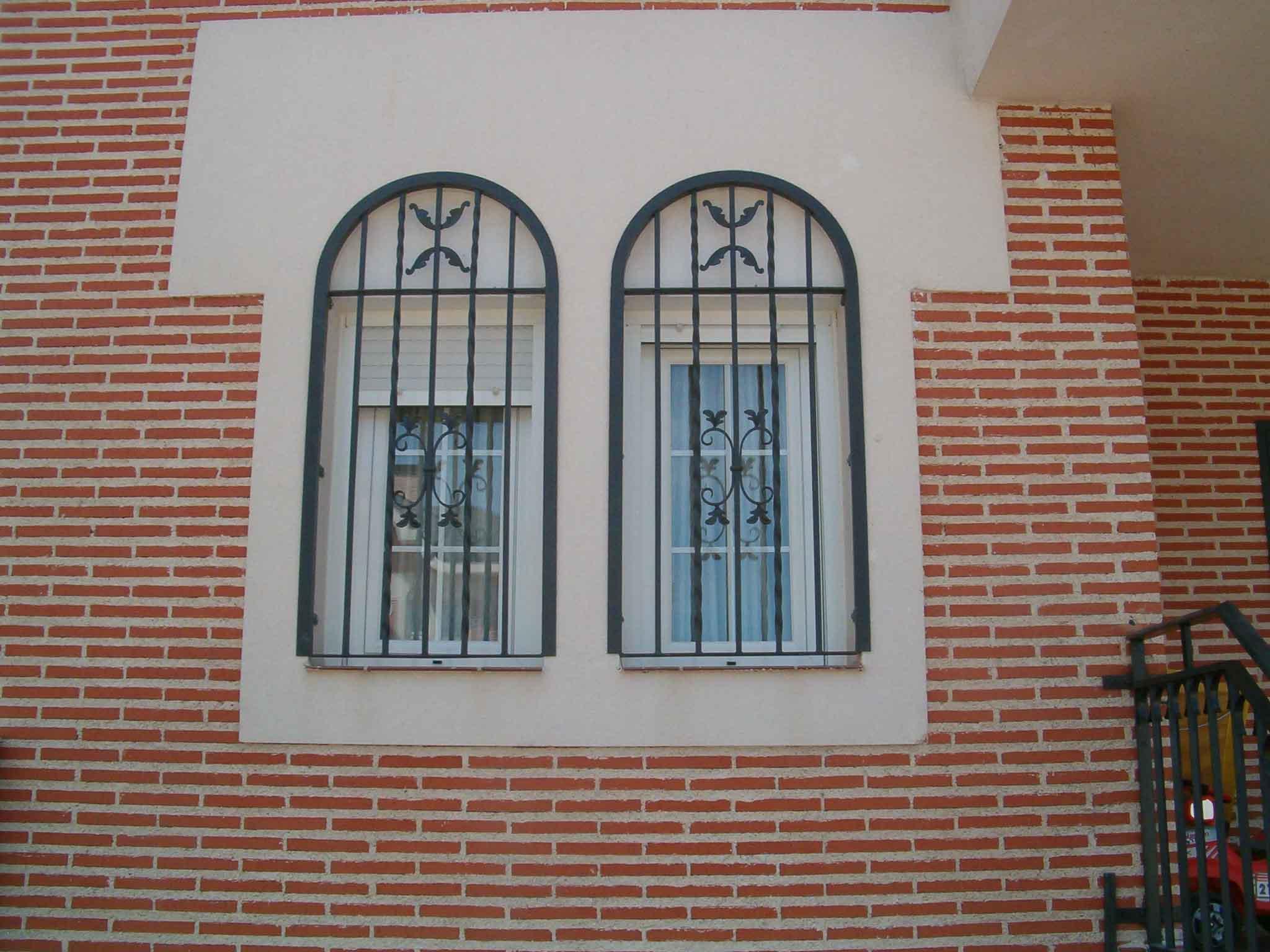Rejas para ventanas y puertas en moraleja de enmedio - Rejas para balcones ...