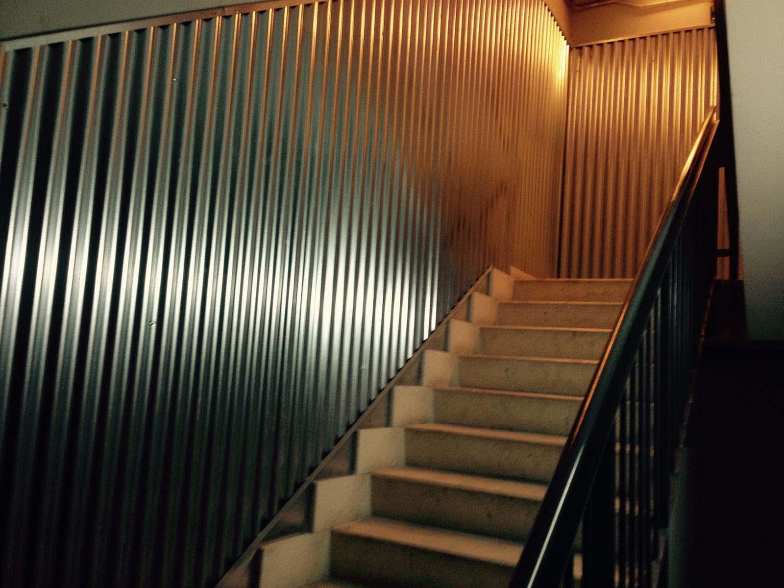 Escaparates y estructuras interior para forrar paredes por Cerrajería Keymar